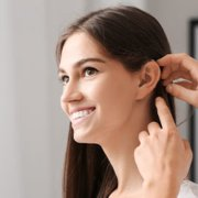 I vantaggi di un apparecchio acustico